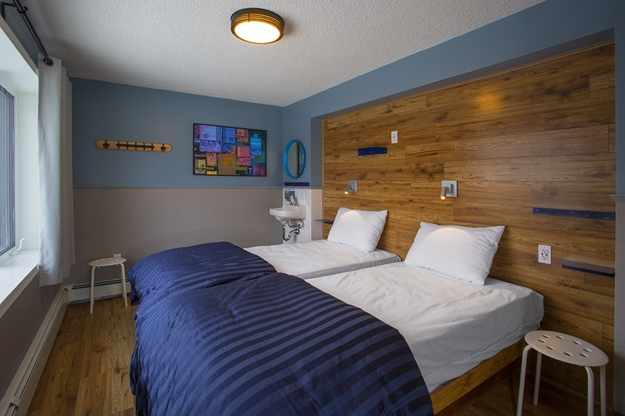 Room G_Two Single Beds